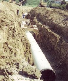 scavo per posa tubazione