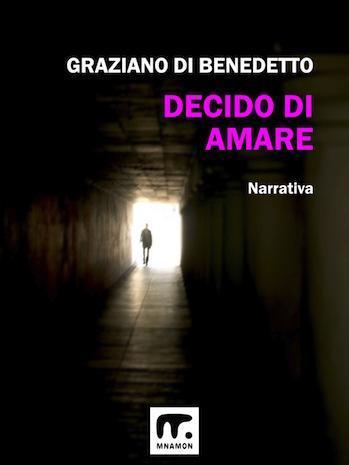 romanzo moderno: uomo in fondo ad un tunnel