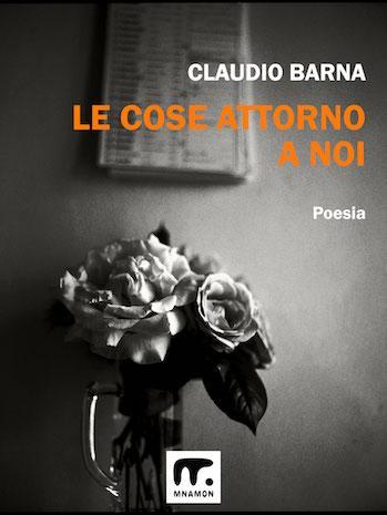 minimalismo in poesia: foto di Toja con mazzo di fiori appassiiti e cornice