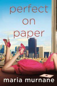 copertina con donna sdraiata sullo sfondo di finestra con grattacieli