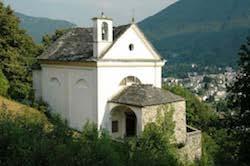 chiesa verso la valle